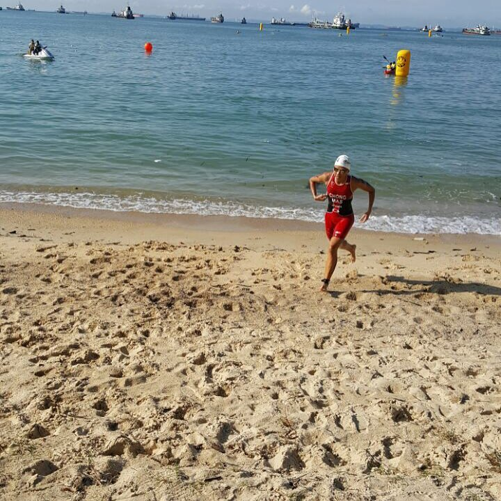 National triathlete, Irene Chong done with her swim leg at ASTC Singapore on 16th July. She got 4th place in elite category